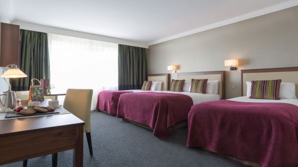 Classic Family Room Rochestown Park Hotel